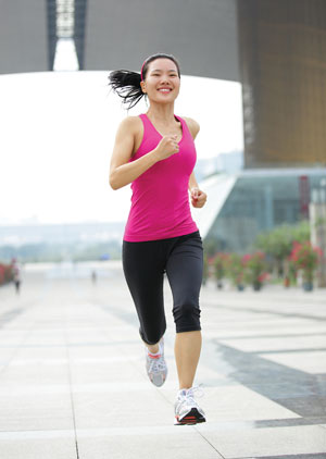 1running-iStock_000032135952Medium-copy