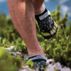 Minimalist shoes: Risks and benefits for runners